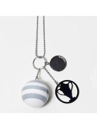 Lacoste Halskette mit Anhängern in weiß/ grau