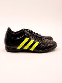 Adidas Fußball-Schuhe in Schwarz/ Gelb